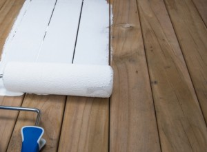 3 Tips For Painting Your Deck